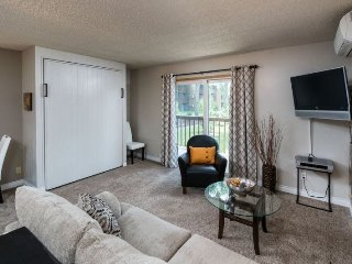 Walk Along the River and to Downtown Bend! - Bend vacation rentals