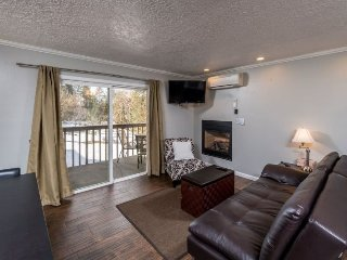 Condo on Bend`s West Side, Walk to Downtown - Bend vacation rentals