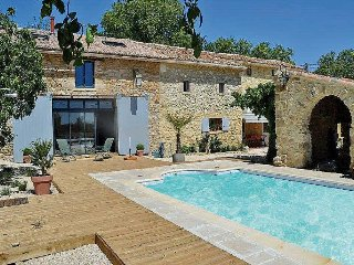 Superb Landhouse 6p in Baron, Gard, private pool - Aigaliers vacation rentals