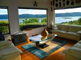 ONLY YOU COUNTRY HOUSE 3-Bedroom Villa with Private Pool - Knysna vacation rentals