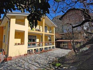 Bright Borgofranco d'Ivrea House rental with Internet Access - Borgofranco d'Ivrea vacation rentals