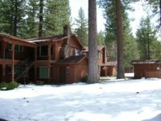 V18-Great upgraded condo with summer pool, half block to free ski shuttle, walk - South Lake Tahoe vacation rentals