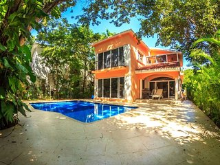 Casa Armik Luxury Playa del Carmen Home in Gated Community - Playa del Carmen vacation rentals