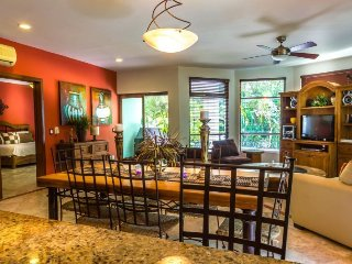 Playacar Playa del Carmen Mexican Style Ground Floor Garden Condo - Playa del Carmen vacation rentals