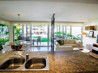 GH5 - Ground Floor home right off of the Huge Infinity Pool - Riviera Maya vacation rentals