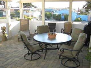 Comfortable and Cozy Well Furnished Home 2 Blocks from Beach in Morro Bay - Morro Bay vacation rentals
