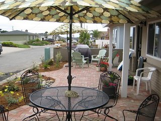 Beautifully Remodeled Home. High-End Furnishings. 3 Blocks to Beach on Ocean Side of Freeway. - Morro Bay vacation rentals