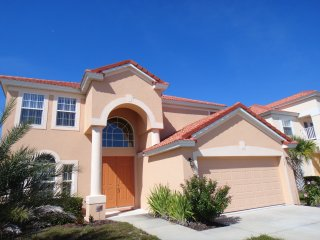 Disney Area Villa, Newly Furnished in Gated Aviana Resort with Pool, Spa, Wi-Fi - Davenport vacation rentals