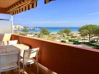 Appartement face à la mer, Bormes la Favière - Bormes-Les-Mimosas vacation rentals