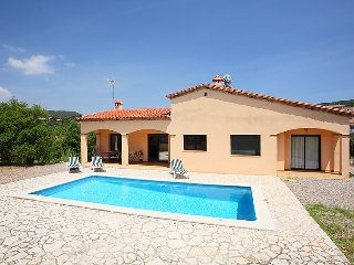 3 bedroom Villa in Calonge, Costa Brava, Spain : ref 2010449 - Calonge vacation rentals
