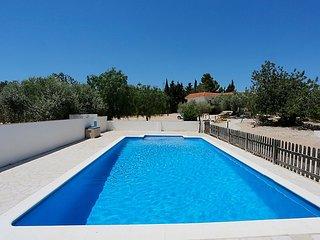 4 bedroom Villa in L'Ampolla, Costa Daurada, Spain : ref 2010778 - L'Ampolla vacation rentals