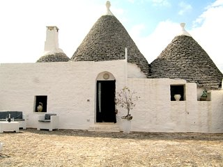 Nice Trullo with Parking Space and Television - Casalini di Cisternino vacation rentals