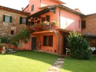 5 bedroom Villa in Cortona, Tuscany, Italy : ref 2020482 - Lucignano vacation rentals