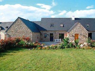 4 bedroom Villa in Tregunc, Brittany   Southern, France : ref 2023849 - Concarneau vacation rentals