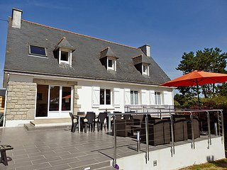 5 bedroom Villa in Tregunc, Brittany   Southern, France : ref 2023853 - Névez vacation rentals