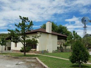Lovely 1 bedroom House in Fort Davis - Fort Davis vacation rentals