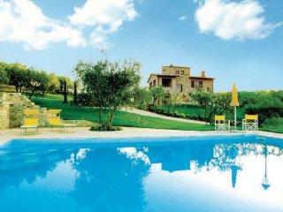 5 bedroom Villa in Collazzone, Umbria, Perugia, Italy : ref 2038254 - Collepepe vacation rentals
