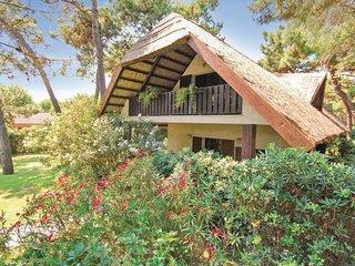 3 bedroom Villa in Albarella, Veneto, Veneto Coast, Italy : ref 2038741 - Isola Albarella vacation rentals