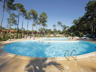 2 bedroom Villa in Ondres, Landes, France : ref 2041749 - Ondres vacation rentals