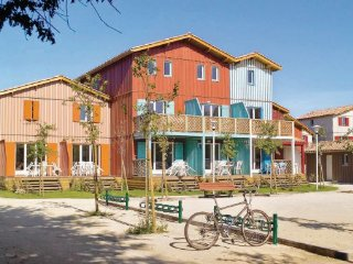 2 bedroom Apartment in Le Teich, Aquitaine, Gironde, France : ref 2042179 - Le Teich vacation rentals