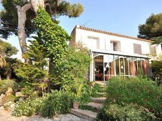 3 bedroom Villa in Sausset les Pins, Provence drOme ardEche, Bouches-du-rhone - Sausset-les-Pins vacation rentals