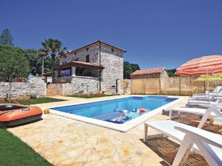 3 bedroom Villa in Labin, Istria, Croatia : ref 2044370 - Sumber vacation rentals