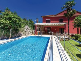 4 bedroom Villa in Opatija, Kvarner, Croatia : ref 2044419 - Volosko vacation rentals