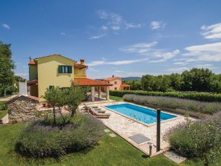 4 bedroom Villa in Labin, Istria, Croatia : ref 2045866 - Kunj vacation rentals
