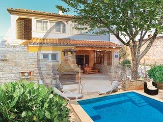 3 bedroom Villa in Duga Uvala Kavran, Istria, Duga Uvala, Croatia : ref 2046556 - Kavran vacation rentals