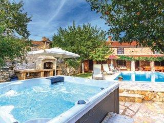 3 bedroom Villa in Barban, Istria, Croatia : ref 2046649 - Glavani vacation rentals