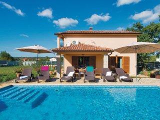4 bedroom Villa in Labin, Istria, Croatia : ref 2046819 - Sveti Bartol vacation rentals
