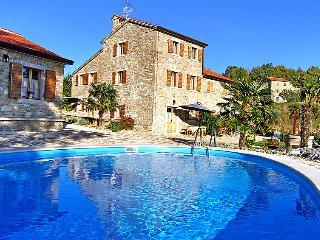4 bedroom Villa in Buje Krasica, Istria, Croatia : ref 2057481 - Groznjan vacation rentals