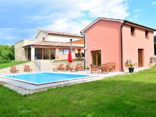 5 bedroom Villa in Zminj, Istria, Croatia : ref 2088075 - Sveti Petar u Sumi vacation rentals