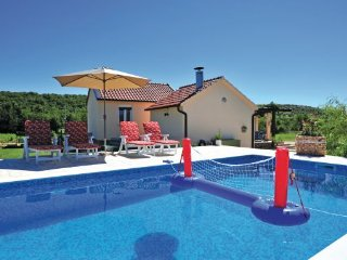 3 bedroom Villa in Split, Central Dalmatia, Croatia : ref 2088118 - Trilj vacation rentals