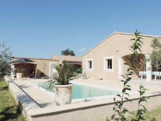4 bedroom Villa in Saint Paul Trois Chateaux, Provence drOme ardEche, Drome - Saint Paul Trois Chateaux vacation rentals