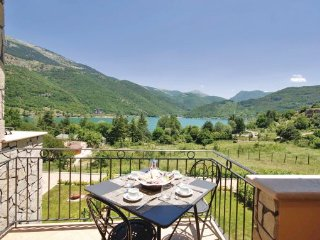 1 bedroom Apartment in Lago di Scanno, Abruzzo, Italy : ref 2090049 - Villalago vacation rentals