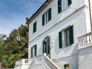 5 bedroom Villa in Montenero, Tuscany Coast, Etruscan Coast, Italy : ref 2090330 - Montenero vacation rentals