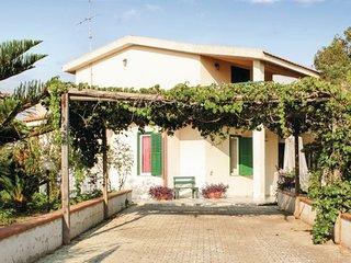 3 bedroom Villa in C.da Cancellieri-Playa Grande, Sicily, Italy : ref 2090332 - Donnalucata vacation rentals