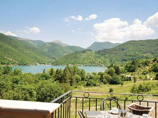 1 bedroom Apartment in Lago di Scanno, Abruzzo, Italy : ref 2090611 - Villalago vacation rentals