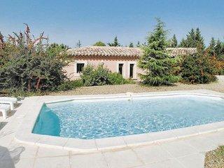 2 bedroom Villa in Cavaillon, Provence drOme ardEche, France : ref 2095691 - Roussillon vacation rentals