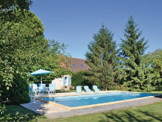 3 bedroom Villa in Hautefort, Dordogne, France : ref 2183989 - Genis vacation rentals