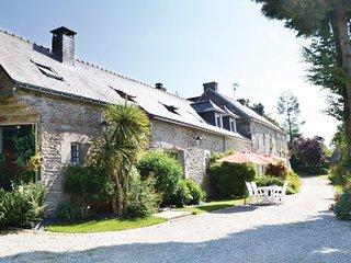 2 bedroom Villa in Scaer, Finistere, France : ref 2184625 - Bannalec vacation rentals
