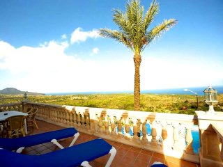 Nice 5 bedroom Cala Mesquida House with Internet Access - Cala Mesquida vacation rentals