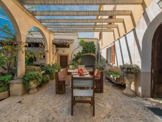 Comfortable 6 bedroom House in Consell - Consell vacation rentals