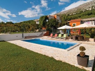 4 bedroom Villa in Split-Srinjine, Split, Croatia : ref 2219747 - Gornje Sitno vacation rentals
