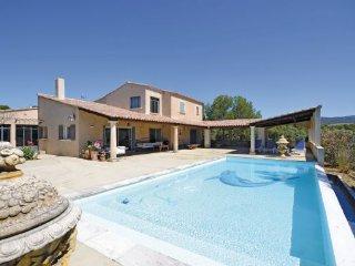 2 bedroom Villa in Joucas, Vaucluse, France : ref 2220107 - Joucas vacation rentals