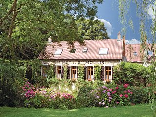5 bedroom Villa in Wimille, Nord-pas-de-calais, France : ref 2220335 - Wimille vacation rentals