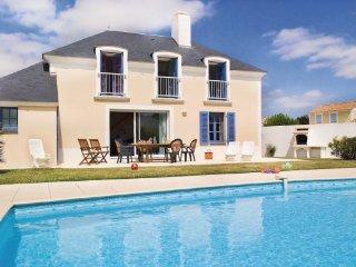 3 bedroom Villa in St-Jean-de-Monts, Vendee, France : ref 2220521 - Saint-Jean-de-Monts vacation rentals