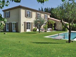5 bedroom Villa in Loriol-sur-Drome, Drome Provencale, France : ref 2220526 - Loriol-sur-Drome vacation rentals