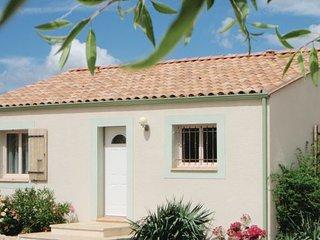 2 bedroom Villa in Tuchan, Aude, France : ref 2220593 - Tuchan vacation rentals